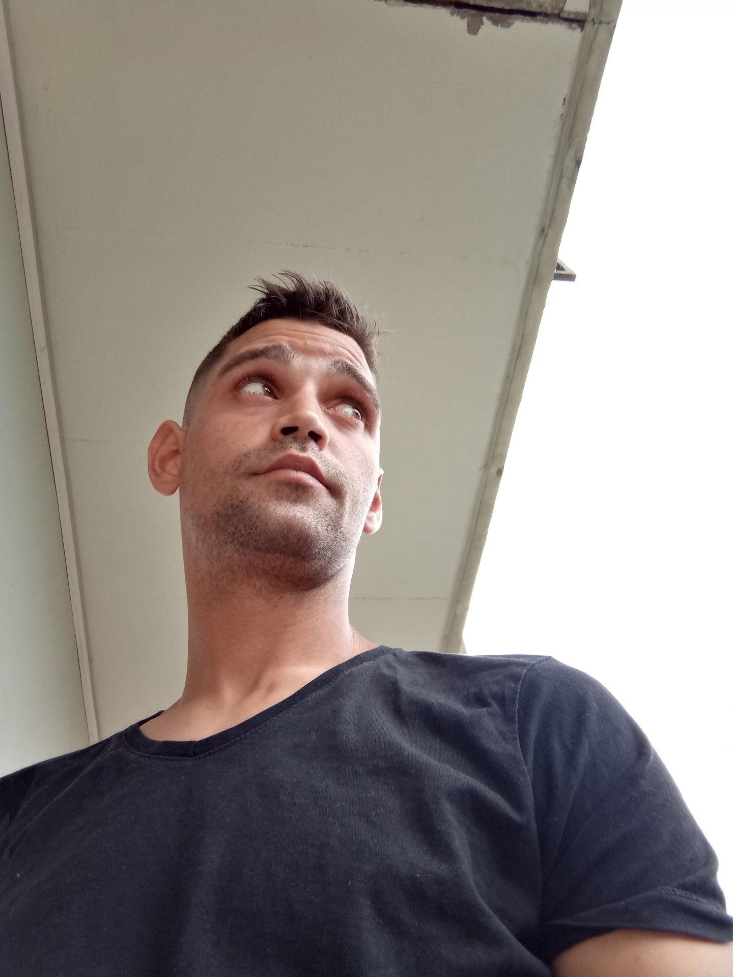 Mike23  aus Steiermark,Österreich